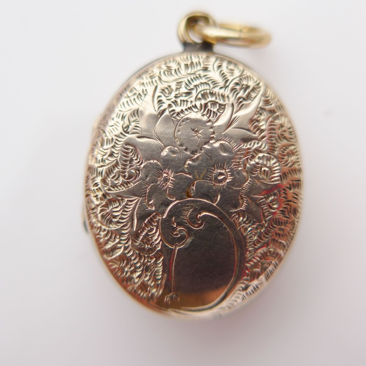 picture metal round necklace locket lockets hinged personalized plain simple gold medium gift pin charm